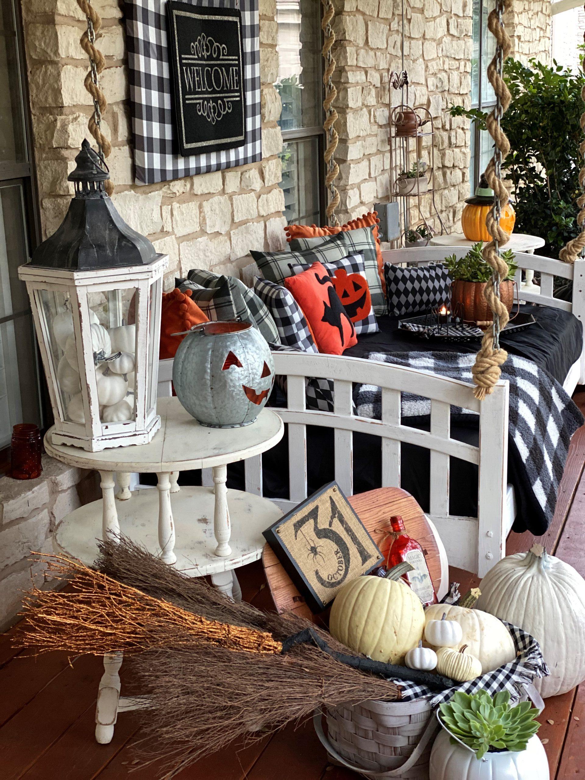 Halloween Front Porch Decorations, Vintage Rustic Front Porch